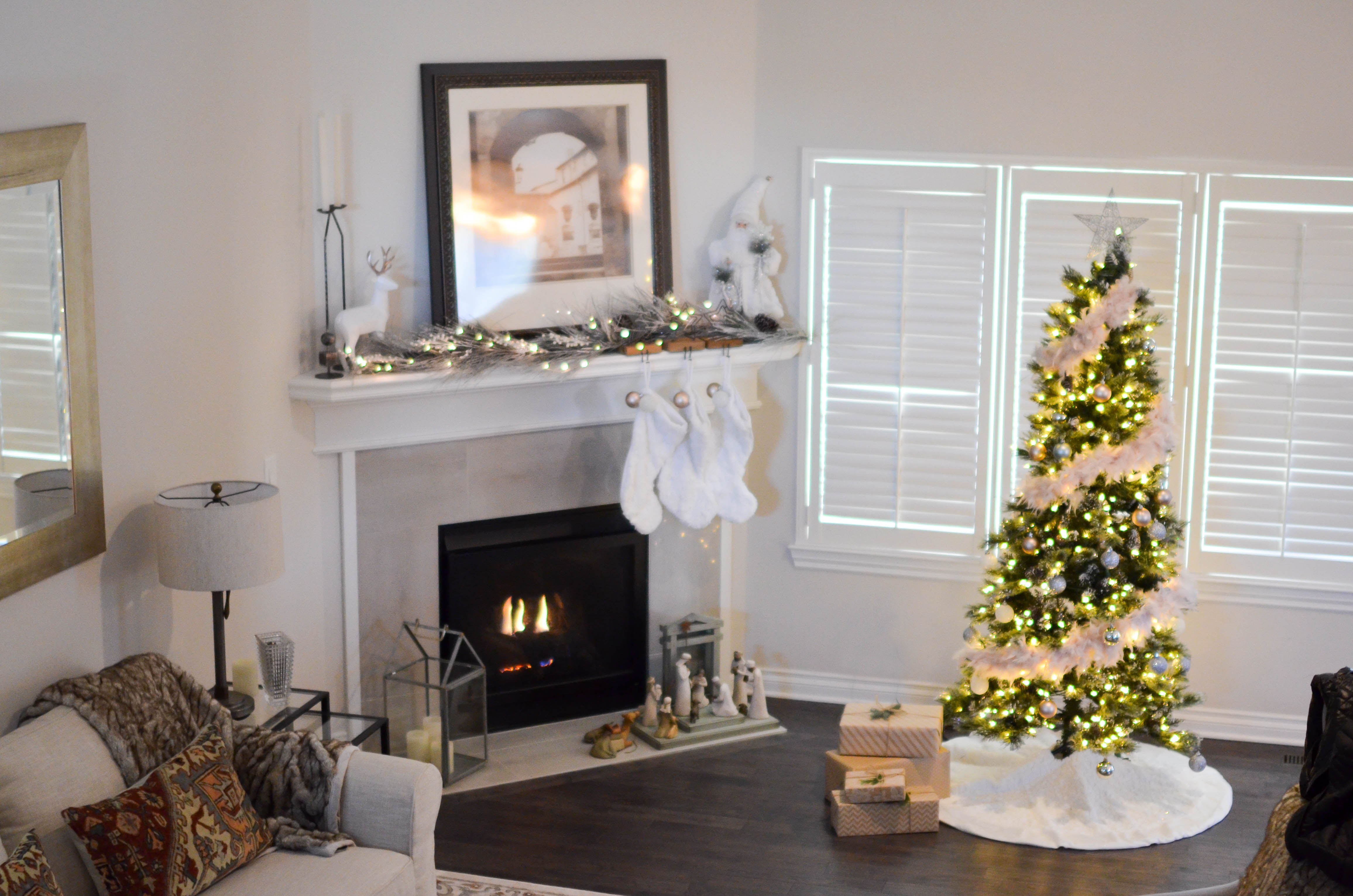 Pro Christmas Tree Decorating Tips